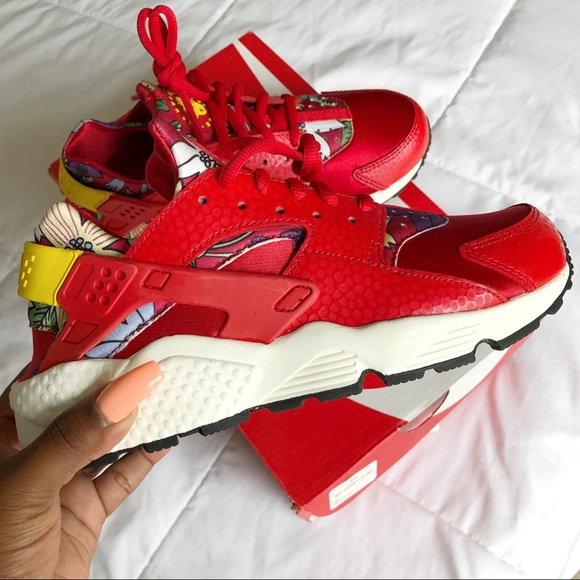 size 40 bf5a8 9df90 Nike Huarache aloha Hawaii red sneakers. M 5b41207bbb7615d7ae772e48
